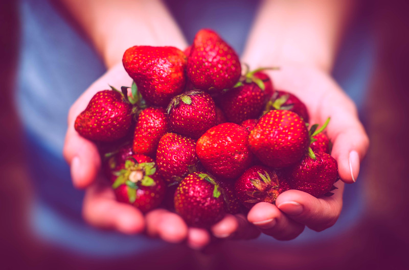 Strawberries, Eat Right Feel Amazing